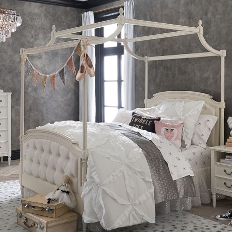 Pottery Barn Kids Image